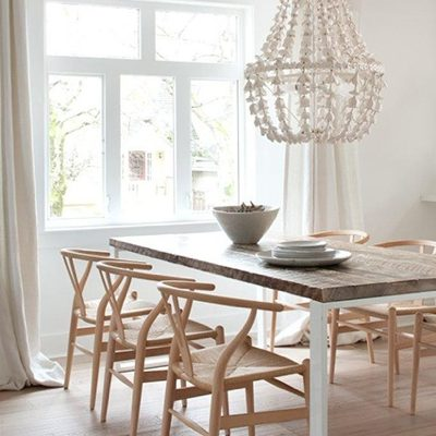 light-wood-wishbone-chairs-crystal-chandelier